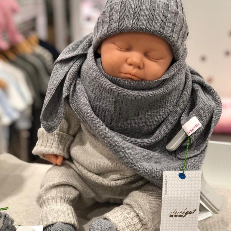 Baby Kochs Dreieckstuch grau 2