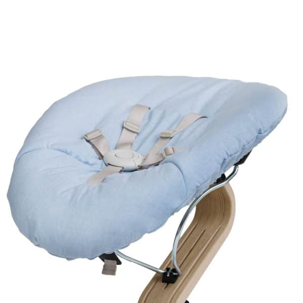 Nomi Baby Wippe - Base weiß/ Matratze blue