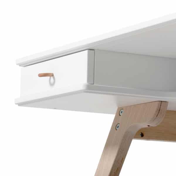Oliver Furniture Wood Schreibtisch 66 cm & Armlehnstuhl 9