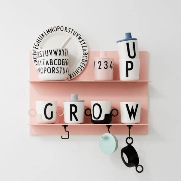 Design Letters Persönlicher Melamin-Trinkbecher A-Z