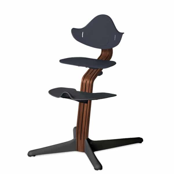 Nomi Highchair - Mittelsäule Premium - Walnuss/Walnusskern natur, anthrazit